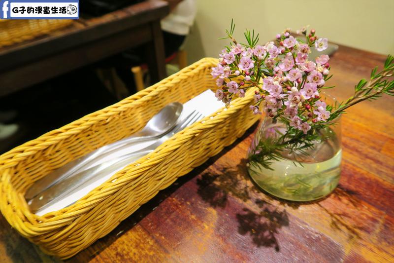 永和 永安市場捷運站 謝謝DOUMO早午餐.咖啡廳
