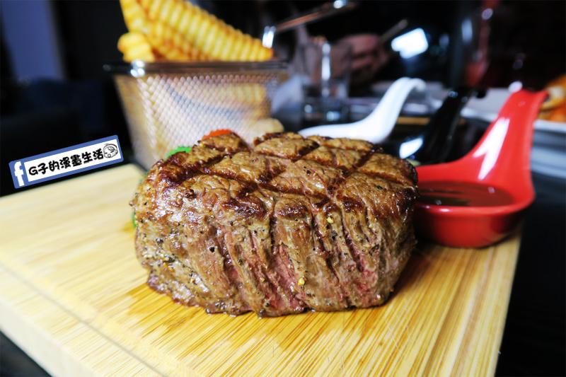 O'Steak 歐法牛排 法國餐廳 醉愛牛排-中份牛排8OZ好厚