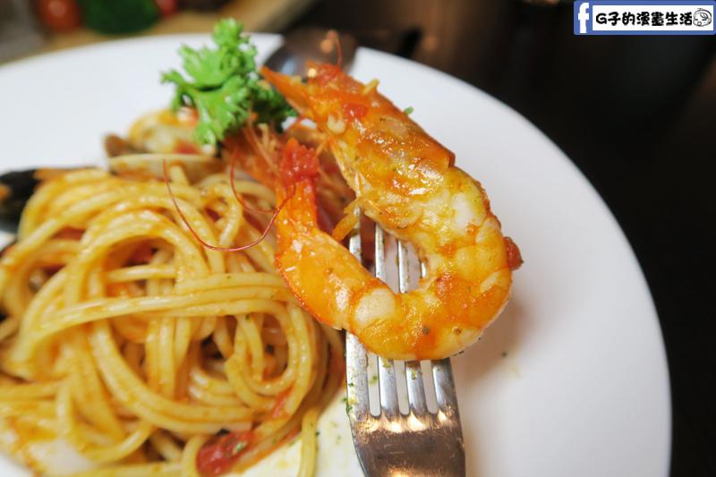 O'Steak 歐法牛排 法國餐廳 海鮮義大利麵蝦很大尾