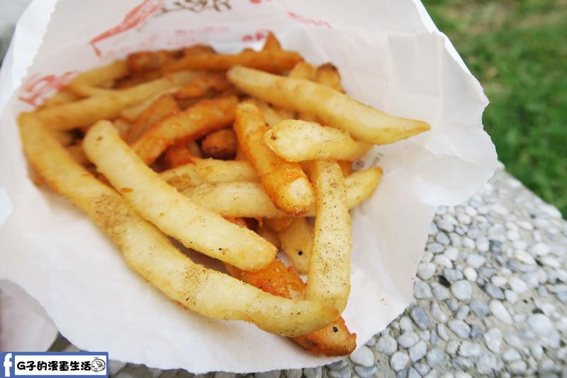 士林夜市-娘娘雞排-馬鈴薯條