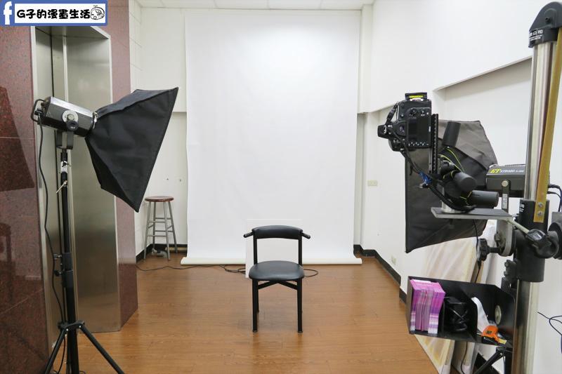 城中-銀箭照相館-快拍證件照 一小時取件