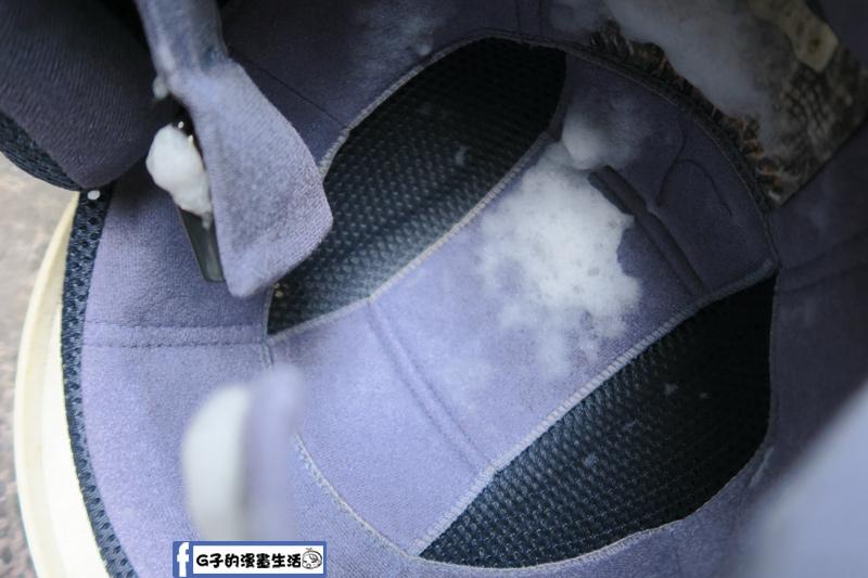 防御工事-安全帽/汽車內裡 乾洗消臭清潔慕斯 等待中和髒污油垢