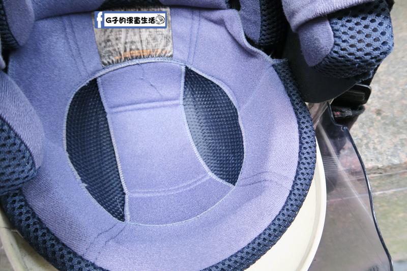 防御工事-安全帽/汽車內裡乾洗消臭清潔慕斯 再用乾布擦乾 放著風乾