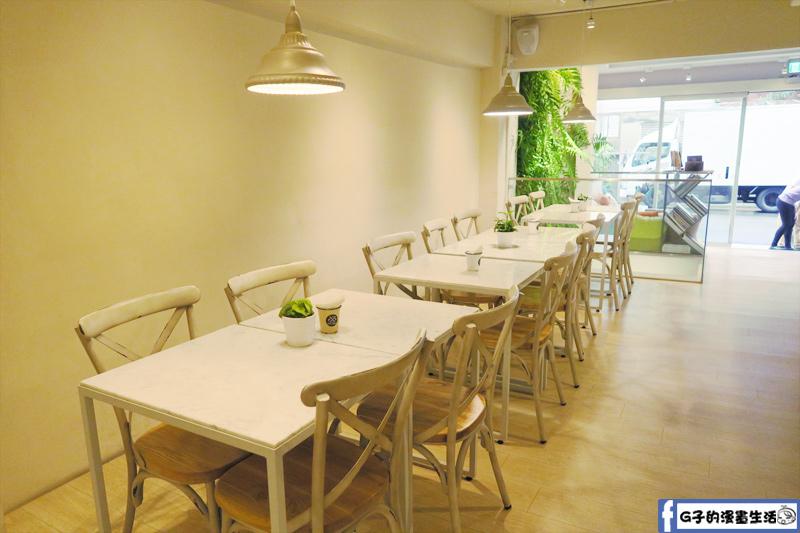 F&F 仁愛•輕概念食飲餐廳 環境悠閒安靜