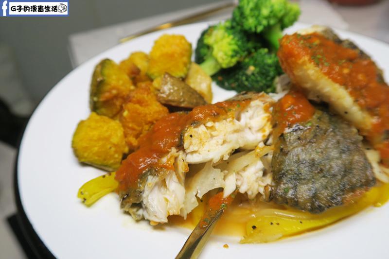 F&F 仁愛•輕概念食飲 餐廳 商業午餐-香煎鱸魚佐北非醬