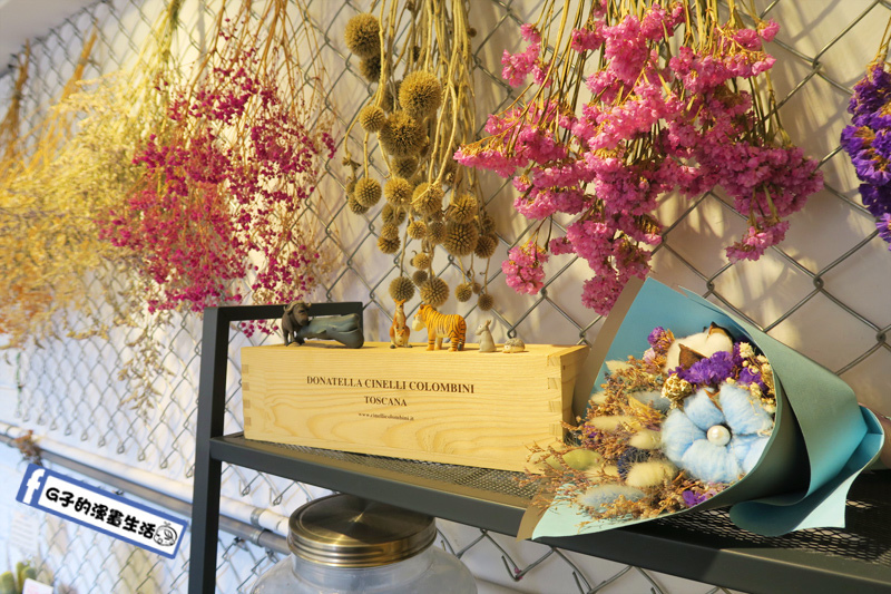 板橋 3PM 熱壓吐司專賣 環境布置乾燥花可愛繽紛