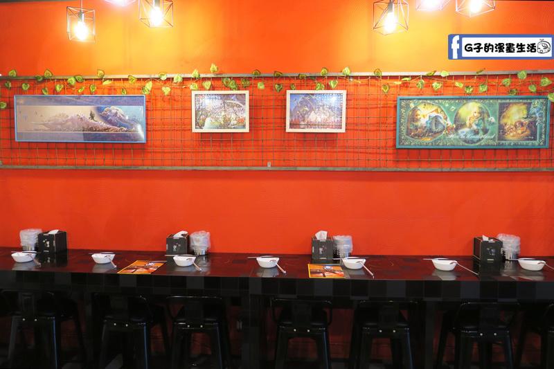 永和火鍋-高湯鍋 店內環境有單人座位