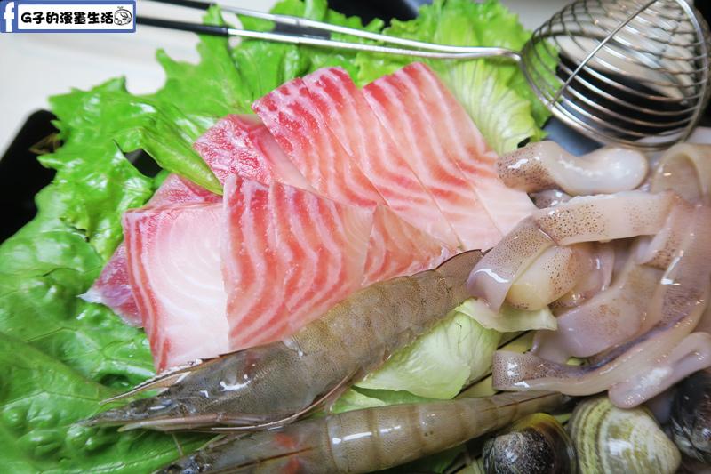 永和火鍋-高湯鍋 綜合海鮮鍋 中卷.蛤蠣.鯛魚片.白蝦