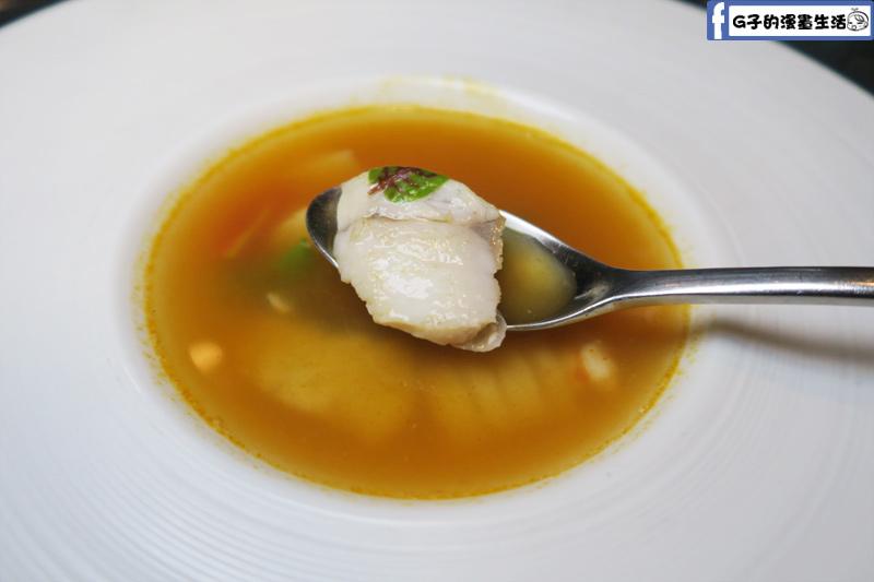 夏慕尼鐵板燒1314情人套餐 經典海鮮清湯