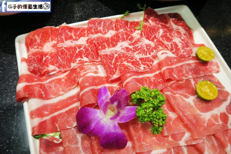 天鍋宴 肉品-雪花牛肉.沙朗牛肉.梅花豬肉(黑毛豬).小羔羊肉