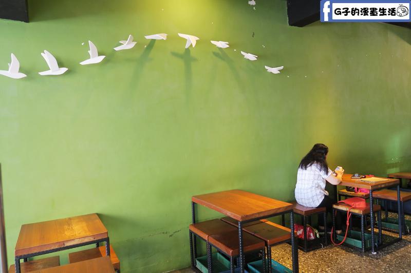 小廚房 kitchenette CAFE 簡約的環境