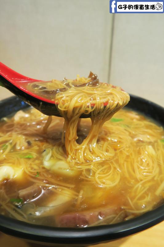 万家紅麵線-4種料 東石鮮蚵.滷大腸.花枝羹.肉羹