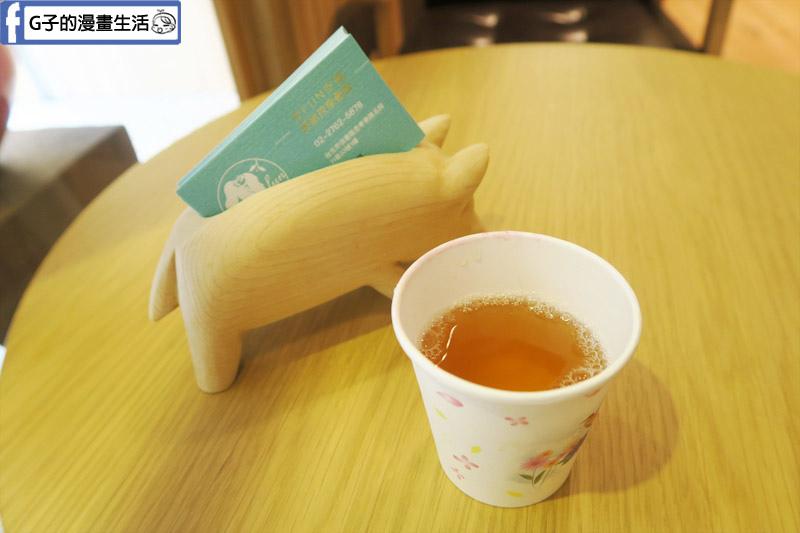 好fun空間舒壓工作坊  按摩後有紅棗枸杞茶喝