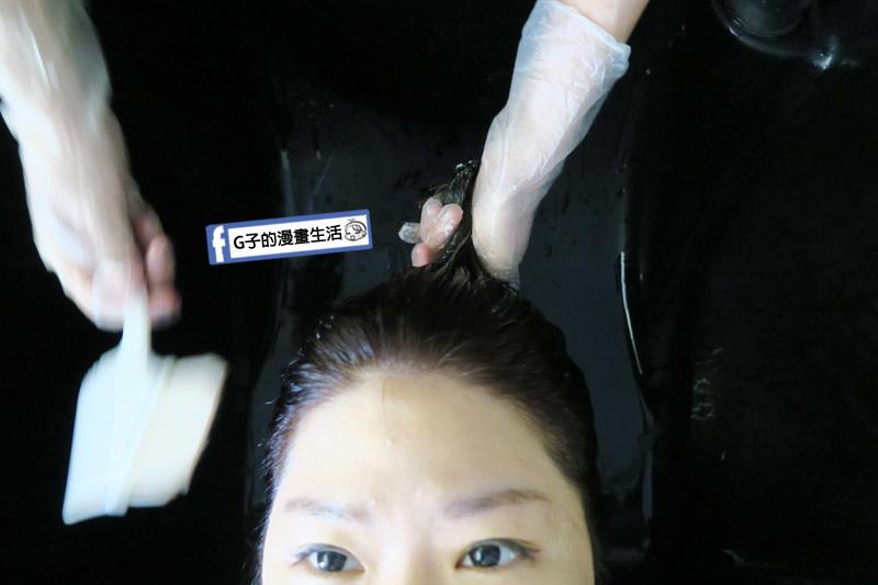 東區Casa&view Hair 洗髮時進行歐拉護髮第二劑