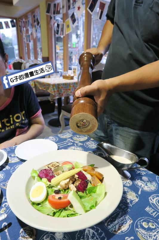 永和肥禿子美式餐廳-肯瓊雞肉凱薩沙拉
