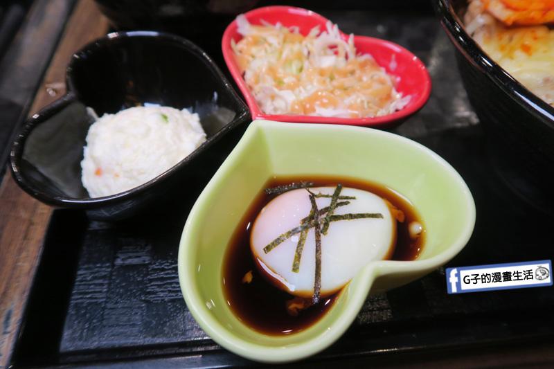 新丼 丼飯專賣店 月見溫泉蛋