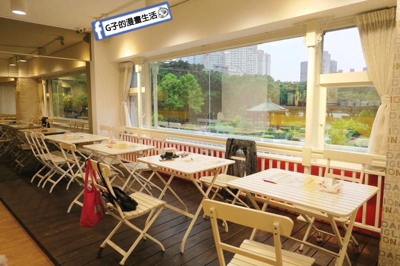 豐宇親子寵物友善餐廳可以遠眺整個仁愛公園風景