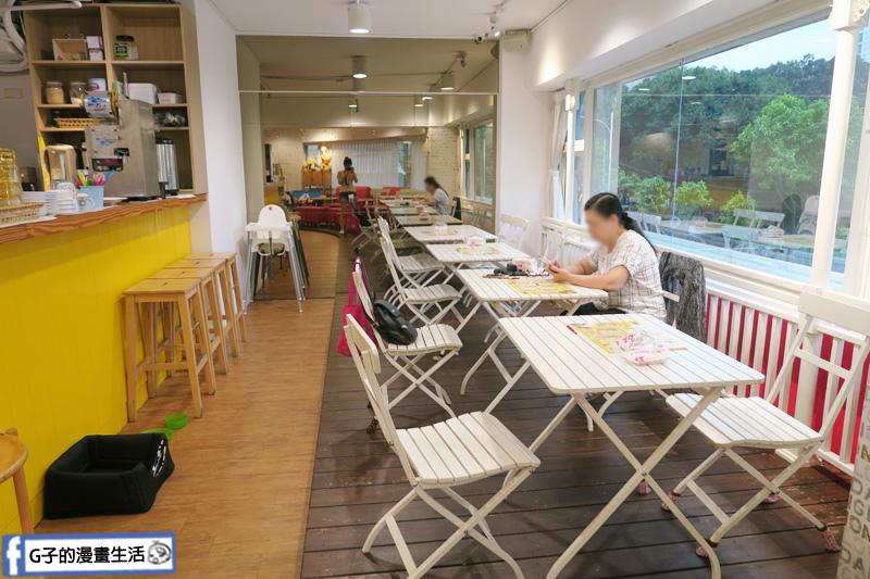 豐宇親子寵物友善餐廳 座位很多