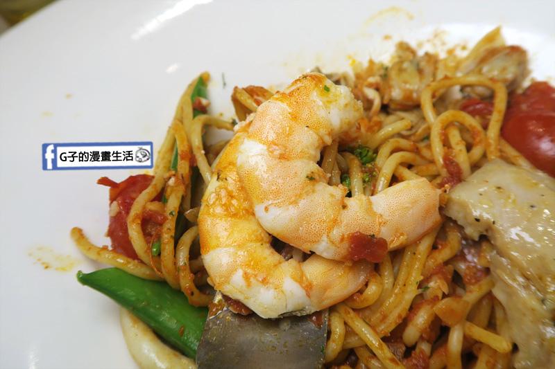 豐宇親子寵物友善餐廳 番茄海鮮義大利麵 鮮蝦很新鮮