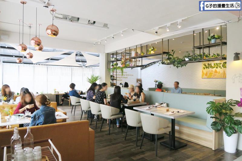 MukoBrunch-永康街早午餐-空間很大的餐廳