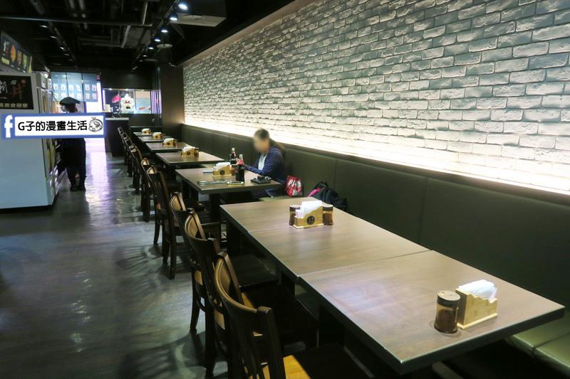 新丼日式丼飯專賣店-南港店CITY LINK 環境座位