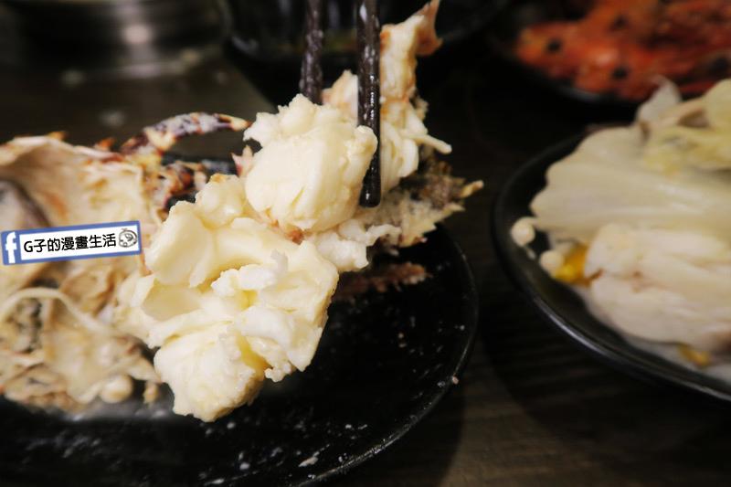 蘆洲火鍋 極禾優質鍋物蘆洲店 超值海陸雙人餐 龍蝦肉很緊實
