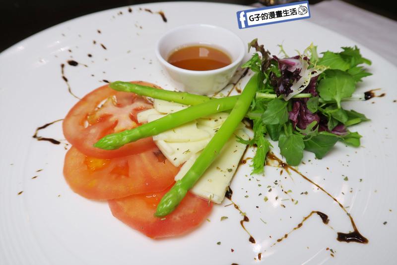 新莊慕拉諾義式餐廳 前菜 番茄起司蘆筍