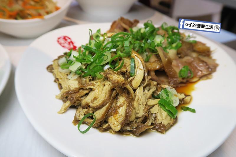 【中和牛肉麵】勳牛肉麵.四號公園美食.紅燒牛肉麵.刀削麵.小菜