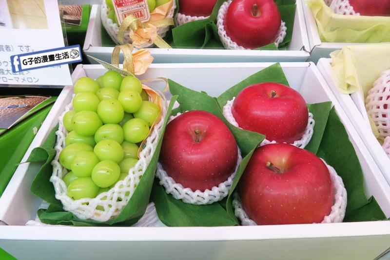日本高級水果禮盒(日本空運麝香/香印葡萄*1房+日本弘前富士蘋果*3個) 日本空運新鮮直送水果 吃一次就難忘 客製化宅配 網路網購水果禮盒