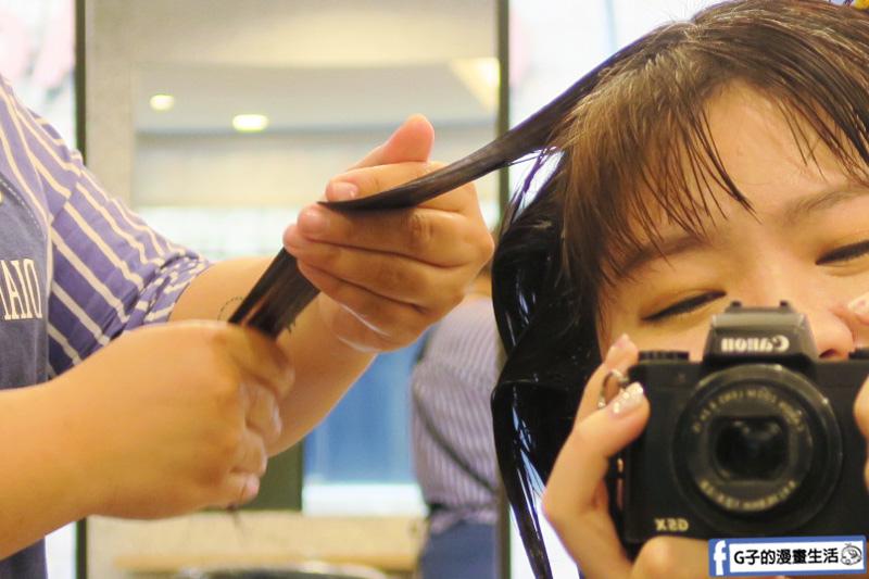 Dian 造型沙龍.複合式沙龍.美髮設計師小蔓.美甲師alissa.洗剪髮推薦.結構式護髮.凝膠指甲.美睫