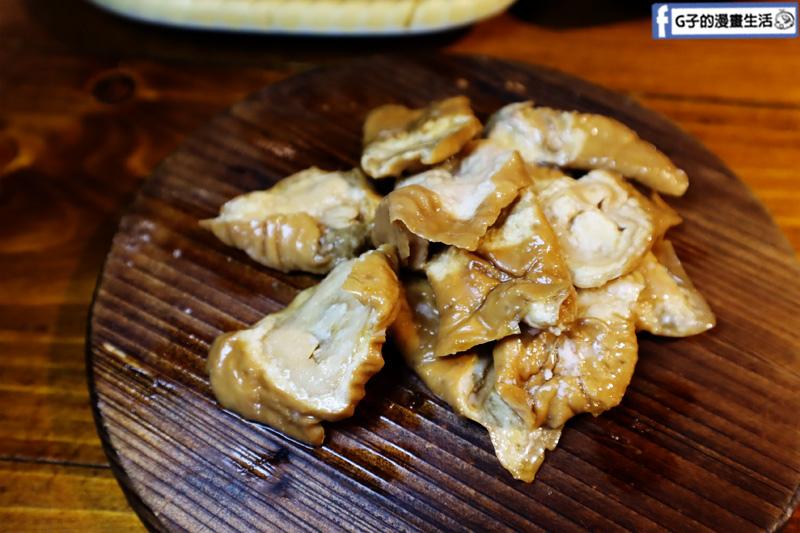 新北三重菜寮-米炭火燒肉小酒館,單點式燒烤.DIY自己烤.大腸頭