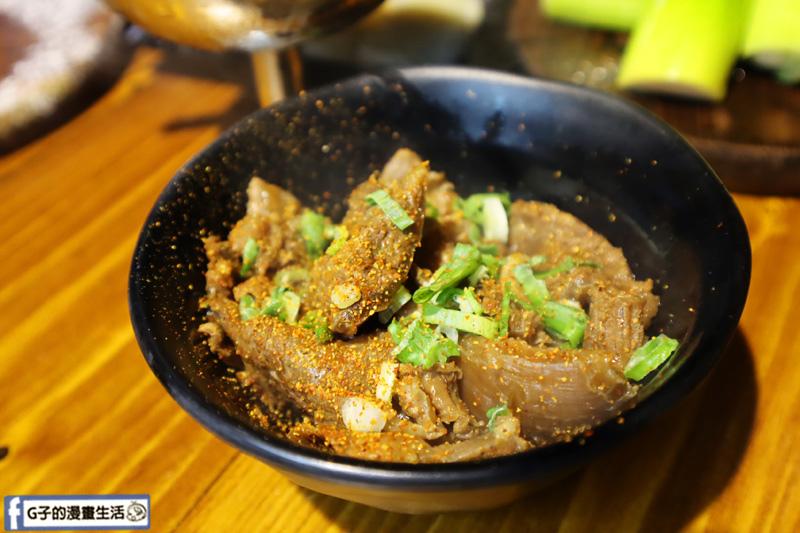 新北三重菜寮-米炭火燒肉小酒館,單點式燒烤.DIY自己烤.和風牛筋煮
