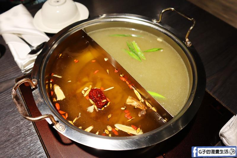 新莊 火鍋.圓滿鍋物.波士頓龍蝦海陸雙人餐.麻辣鍋