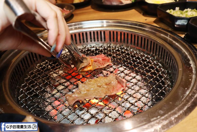 板橋新埔站燒烤吃到飽-燒惑日式炭火燒肉店.致理大學燒肉店