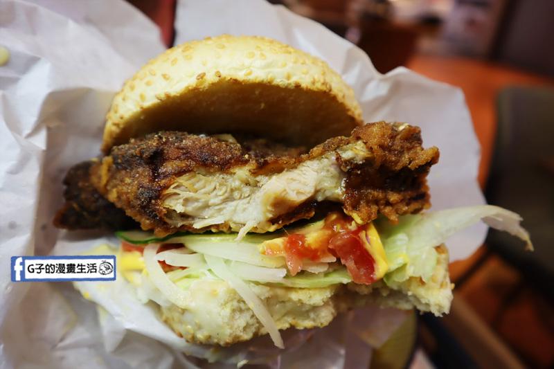 赤雞雞排.微風南山.信義區雞排.咖哩飯.商業午餐.漢堡