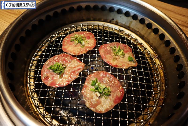 赤富士日式無煙燒肉鍋物. 蘆洲火鍋/蘆洲燒烤吃到飽/蘆洲美食