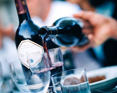 喝葡萄酒(宸來洋酒.jpg