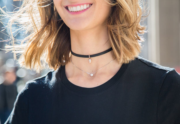 how-to-wear-a-choker-necklace-feature-OPT.jpg