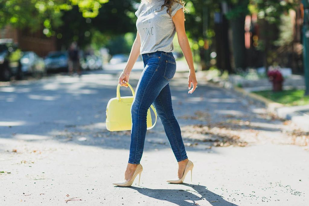 6-skinny-jeans-every-woman-should-own.jpg