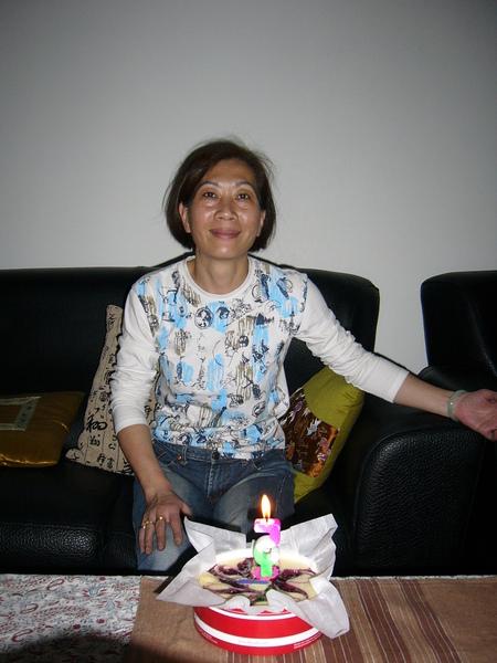 今天是小姑姑生日唷!