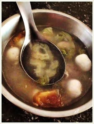 媽媽的苦瓜湯,好喝 :)