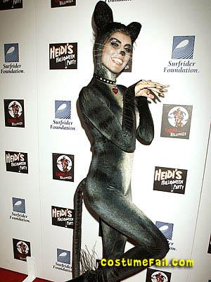 heidi-klum-halloween-costume-cat.jpg