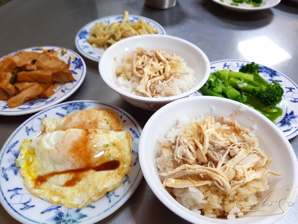 梁記嘉義雞肉飯 (12).jpg