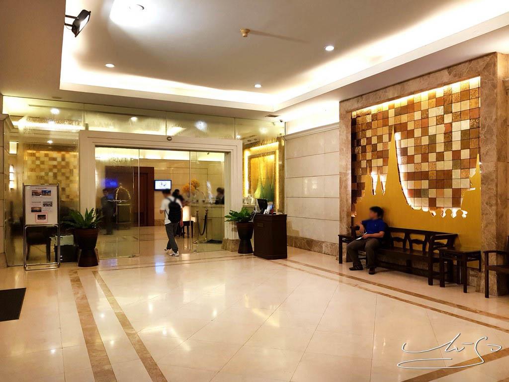 Centre Point Hotel Sukhumvit 10 (31).jpg
