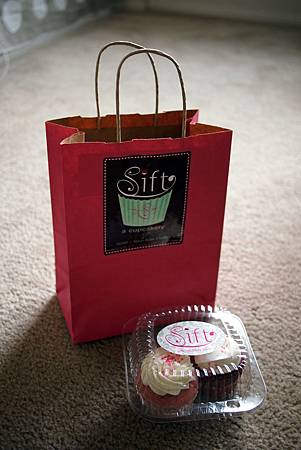 Sift cupcake