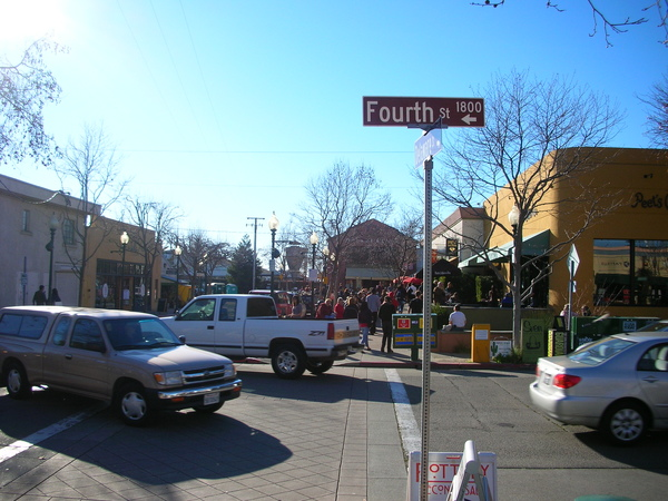 Fourth Street @ Berkeley