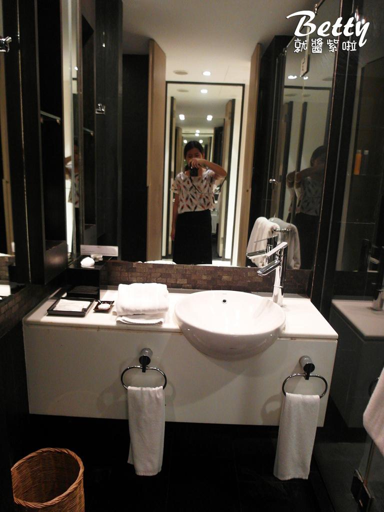 VIC 3 HOTEL飯店 (14).jpg