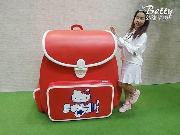 HELLO KITTY GO AROUND!!歡樂嘉年華 (2).jpg