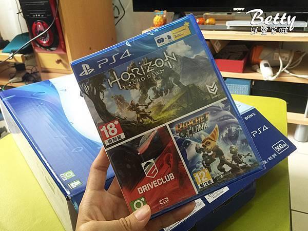 20170521開箱PS4 (10).jpg