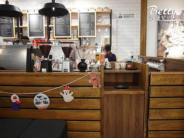 20171203路易莎咖啡 (10).jpg